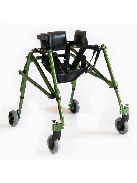 Ходунки на 4-х колесах для больных детским церебральным параличом